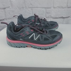 New Balance 610 v4 women's sneakers grey pink 9.5